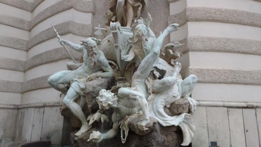4 NV-handwerkerinnen Wien